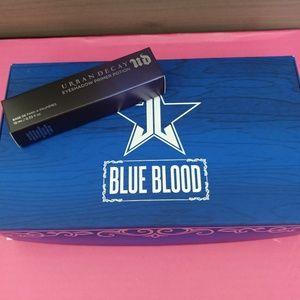 💎NWT Jeffree Star Blue Blood Palette Plz Read
